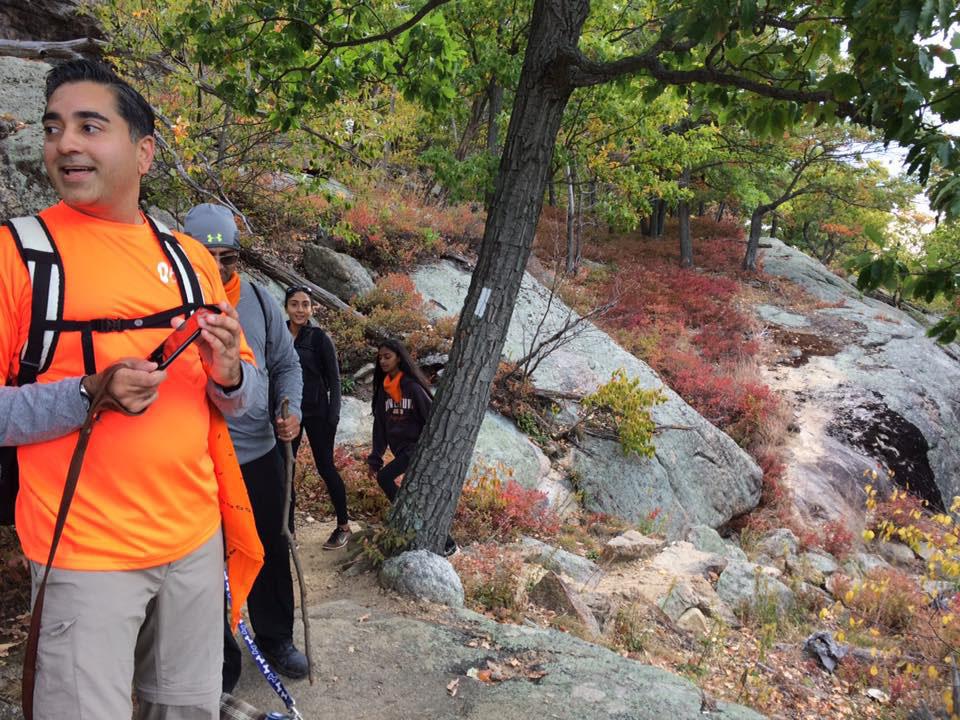 oktoberfest-2016-hiking-up