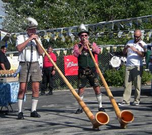 Alp-horns at Bear Mountain Oktoberfest