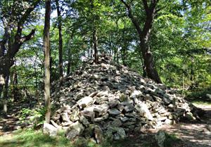 Pyramid-shaped rock pile near the Pinnacle.