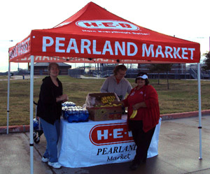 H-E-B generously provided water and snacks for the walk.